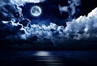 El suave embrujo de la Luna