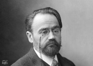 Asombrarse de la vitalidad creadora de los hombres - Émile Zola